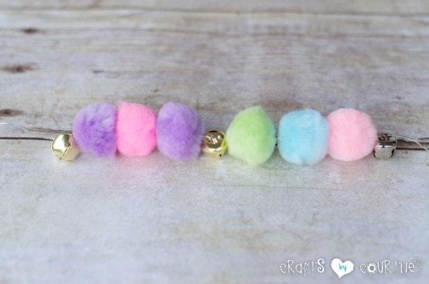 Pom Pom Jingle Bracelets: Add Your Pom Poms