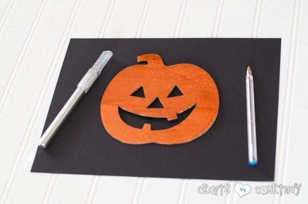 Halloween Craft: Scrapbook Paper Pumpkin Silhouette Craft: Trace Out Your Pumpkin