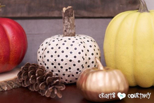 Fall Home Decor Inspiration: Polka Dot Mod Podge Pumpkin Craft