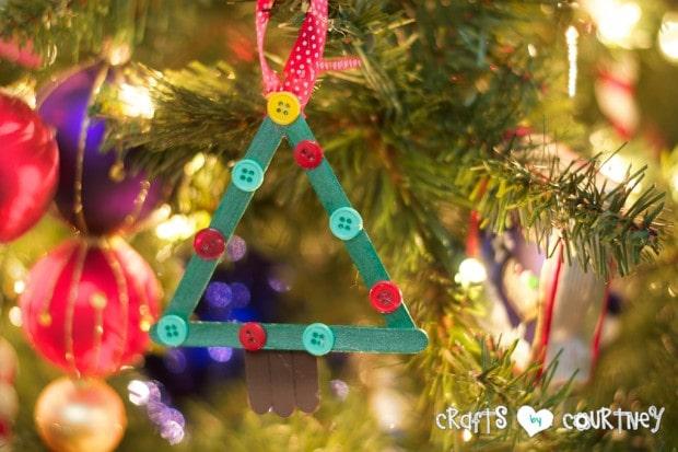 Christmas Home Decor Inspiration: Popsicle Stick Christmas Tree Craft