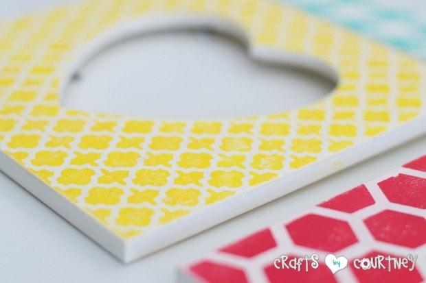 Stenciled Valentine Heart Frames: Sand your frame