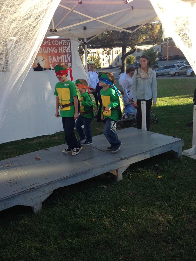 teenage-mutant-ninja-turtle-costume-1