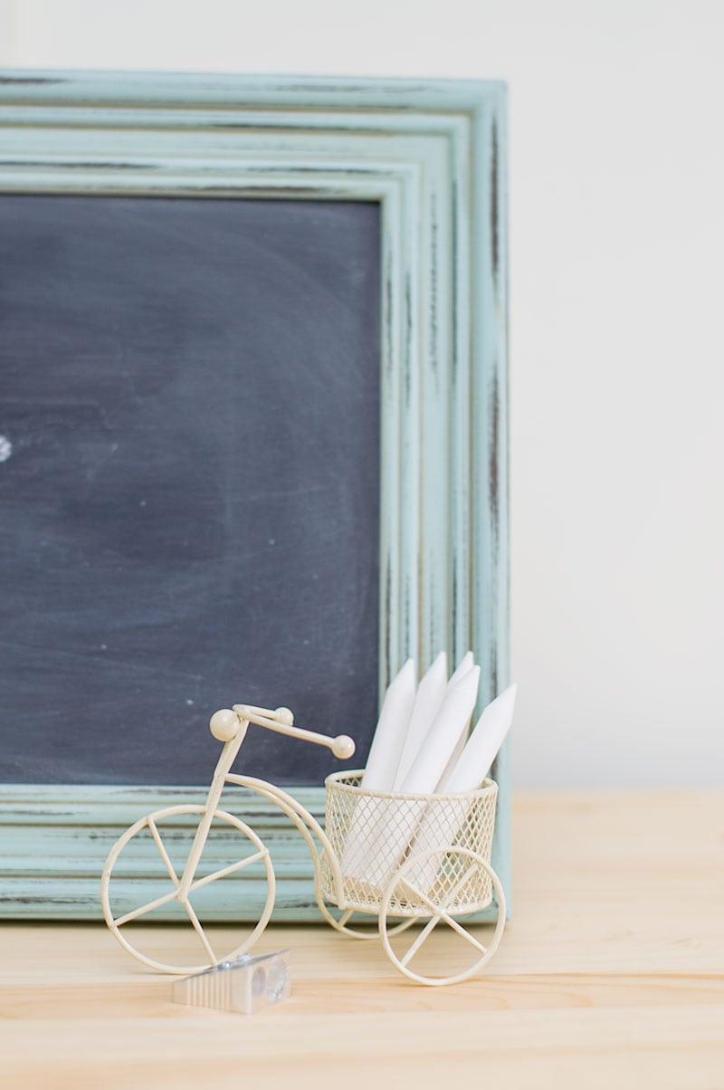 DIY-Chalkboard-Frame-8-1