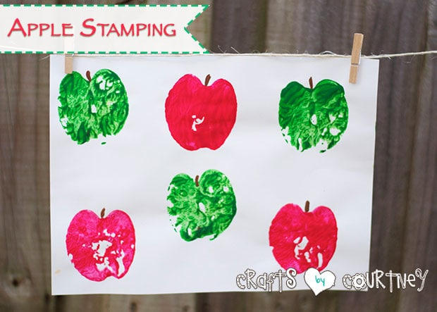 Kids craft: Apple stamping art