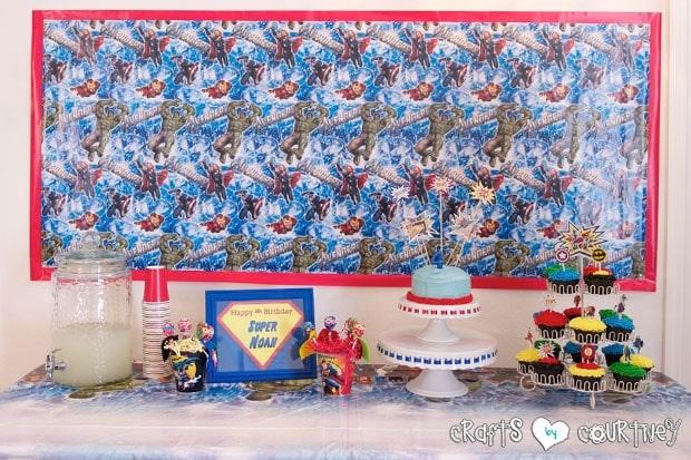 Superhero Birthday Party: Superhero Display Table