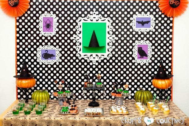 Witches and Wizards Halloween Pumpkin Decorating Party: Display Table