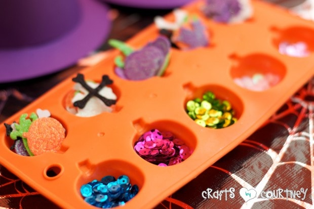 Witches and Wizards Halloween Pumpkin Decorating Party: Witches and Wizard Pumpkin Decorating Station: Supplies
