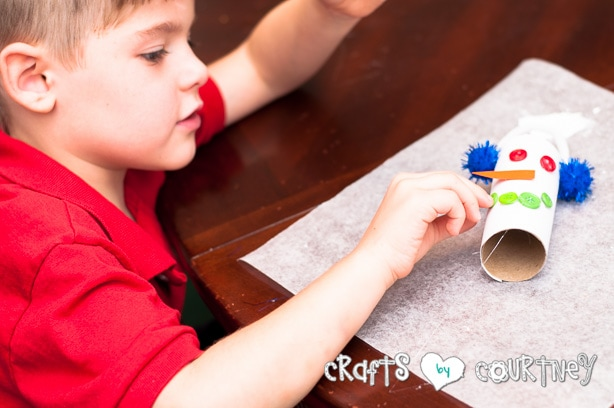 Christmas Craft: Toilet Paper Roll Snowmen: Hot Glue Your Mouth On
