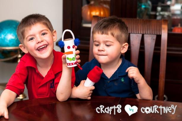 Christmas Craft: Toilet Paper Roll Snowmen: My Boys were so proud of their snowmen!