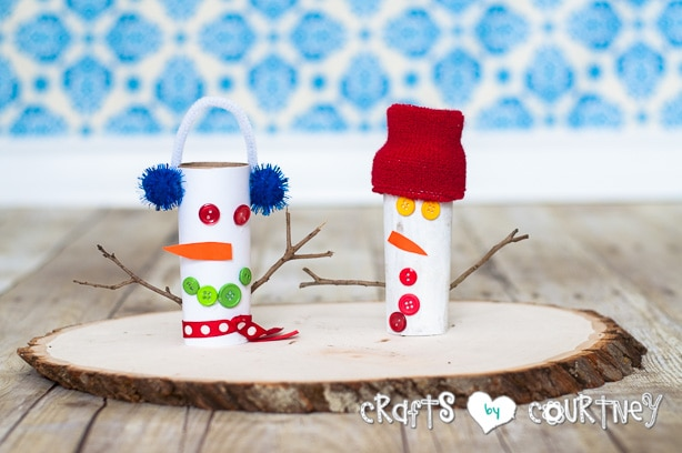 Christmas Craft: Toilet Paper Roll Snowmen: These are the Snowmen my Boys Made