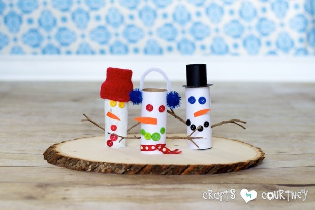 paper roll snowman craft how to craft a toilet paper roll snowman 5131