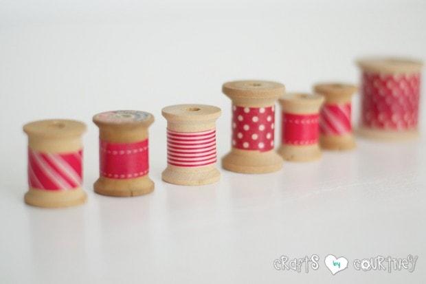 Washi Tape Craft: Christmas Inspired Washi Tape Thread Spools