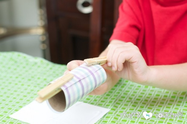 Toilet Paper Roll Easter Rabbits: Secure With Your Clothespins