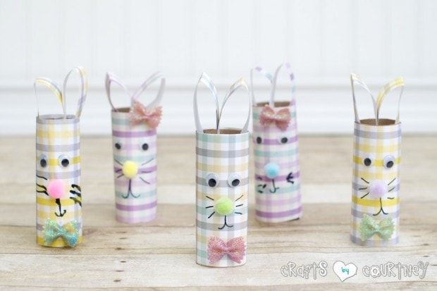 We made these cute toilet paper roll Easter rabbits for a cue Easter craft