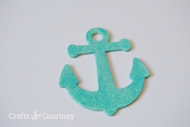 Easy DIY Wooden Anchor Ornaments for Christmas