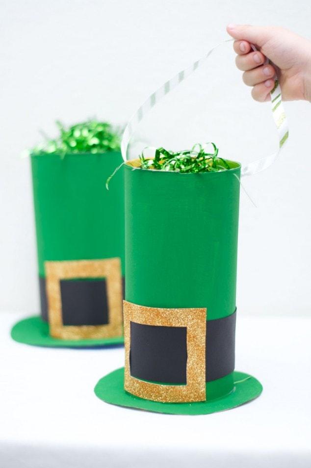 St. Patrick's Day Craft: Leprechaun Hat (Goodie Bag)