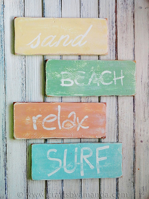 weathered-beach-signs-11