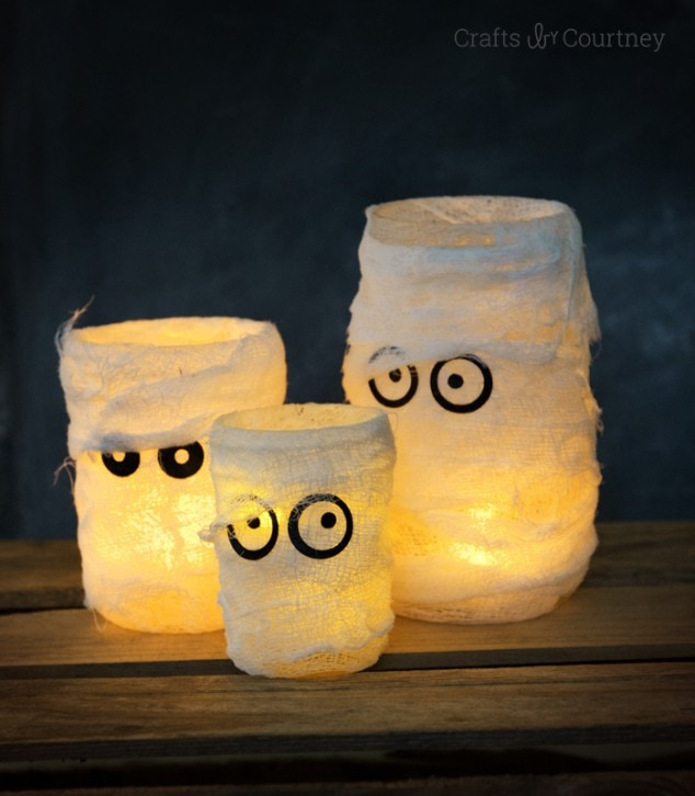 Halloween Craft: Mummy Halloween luminaries