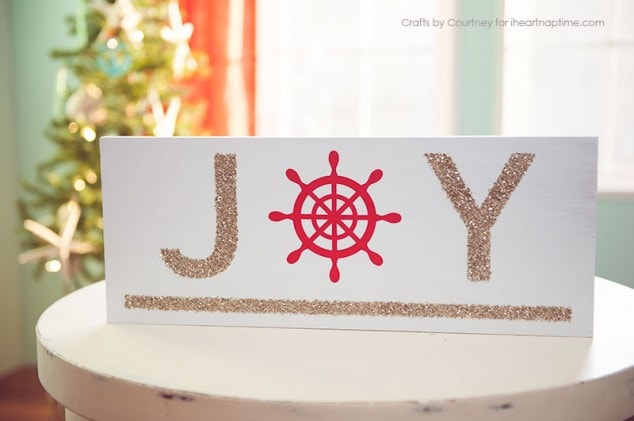 DIY Nautical Christmas Sign