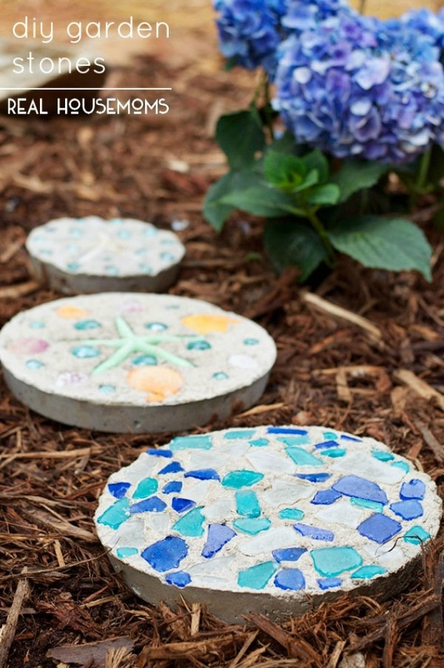 Garden Craft: DIY GARDEN STONES