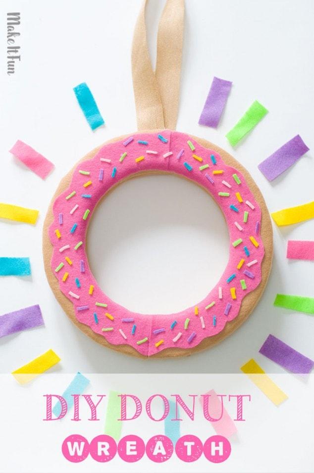 DIY WREATH – Donut Craft