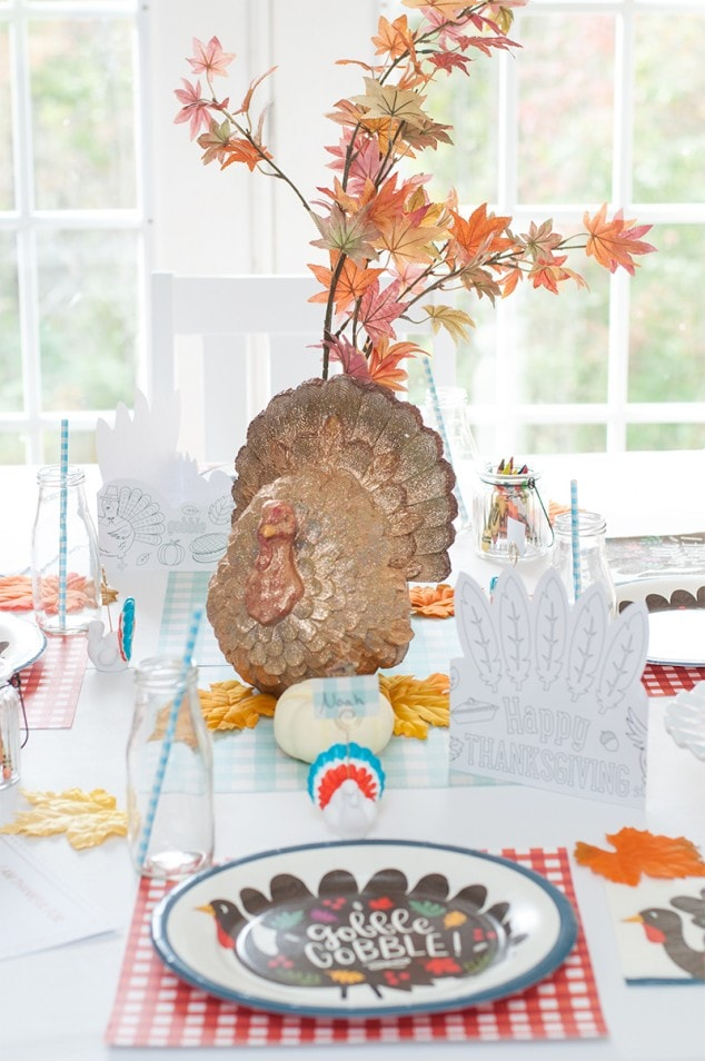 Easy Kids Thanksgiving Table