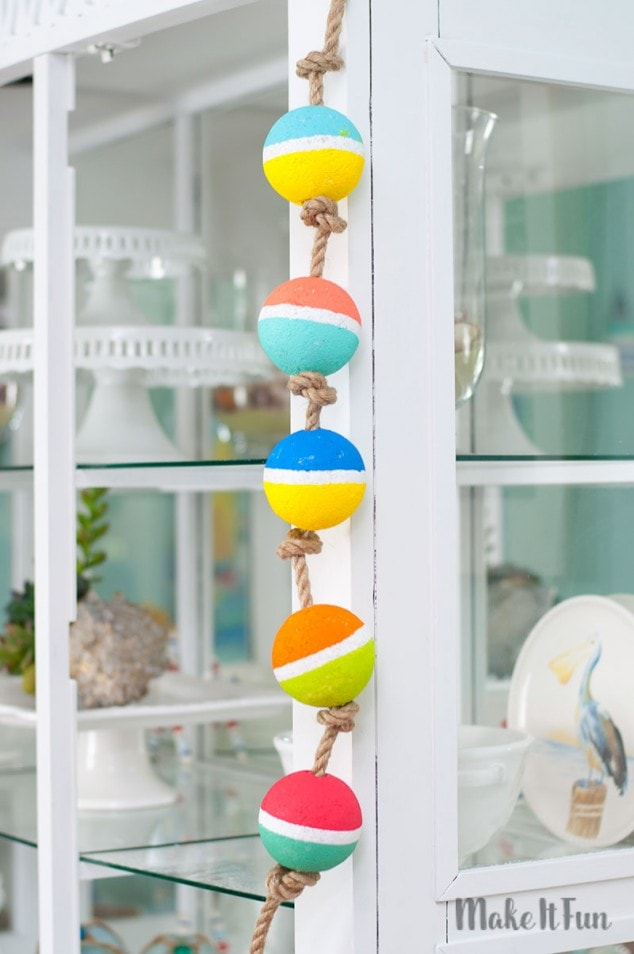 Nautical Craft – Buoy Garland
