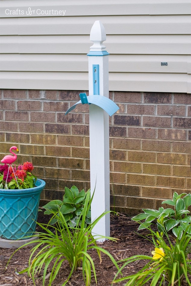 Create a simple DIY Hose Stand for your Garden with DecoArt Outdoor Living Paint