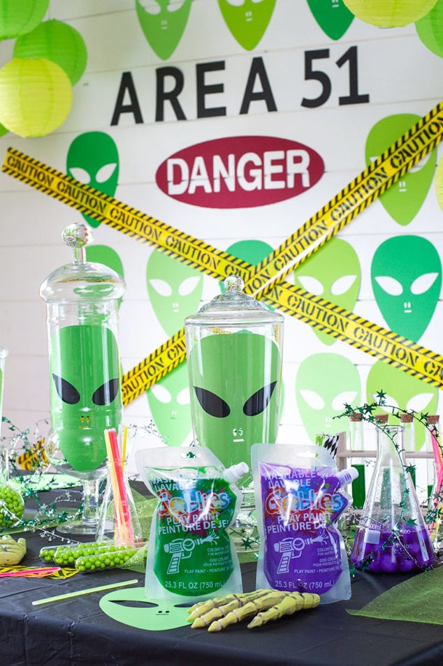 Halloween Alien Party with Goblies