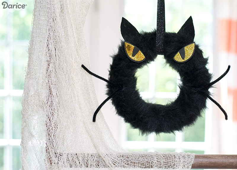 Create a Spooky Halloween DIY Cat Wreath