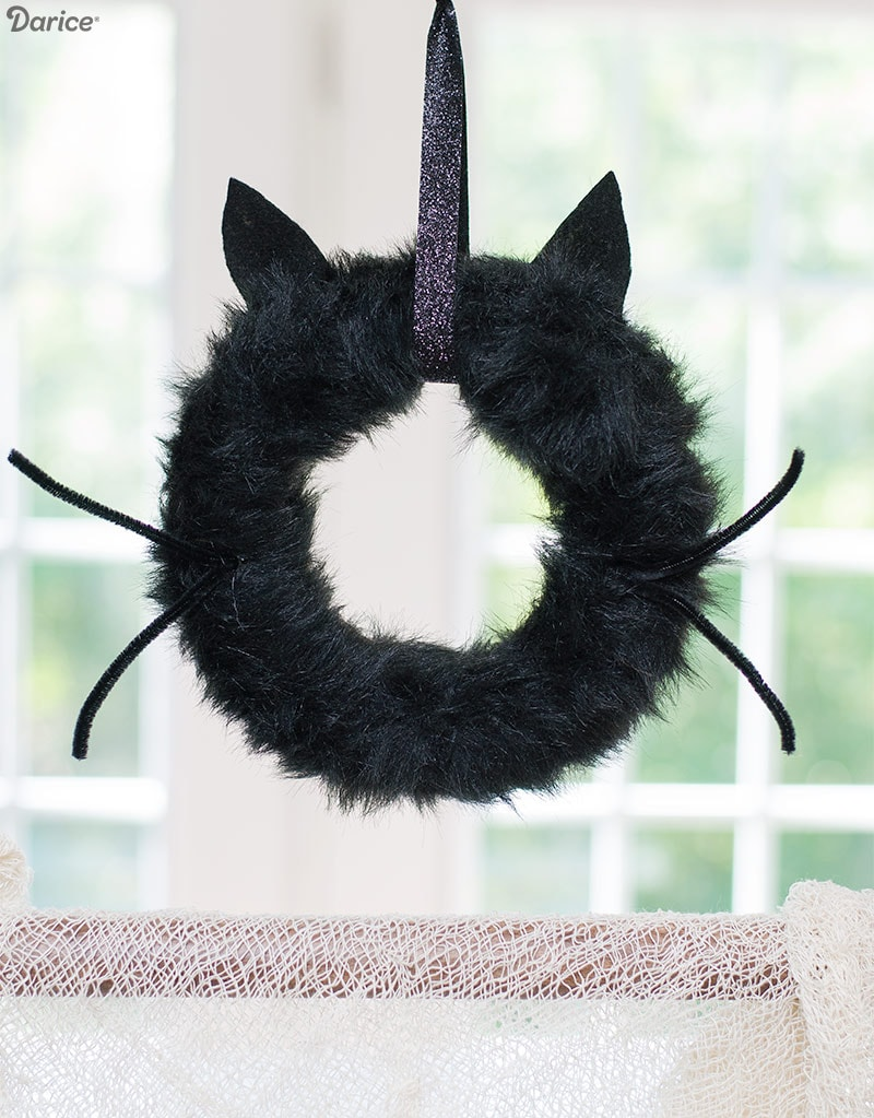 How to make a Spooky Halloween Wreath for kids