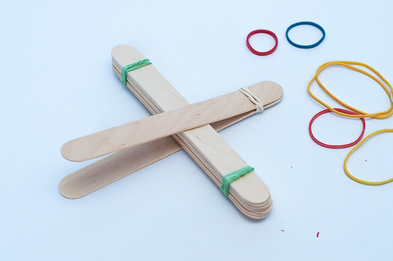 diy catapult for kids - Darice 154